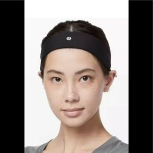 Lululemon Fly Away Lux Black Headband